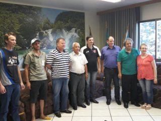 Prefeito Humildes recebe diretoria da  ACE  – Automóvel Clube de Estação