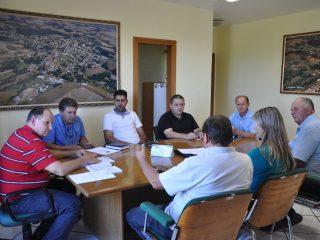 Secretário da Administração recebe comissão organizadora do III Fórum do Norte Gaúcho de Trigo.