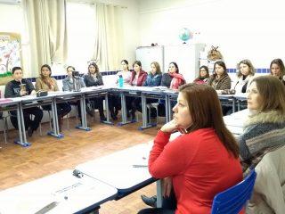 Professores da Educação Infantil participam de Formação Continuada sobre Aprendizagem e Desenvolvimento da Linguagem