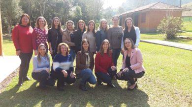 Equipes Diretivas das Escolas Municipais de Estação renovam energias para início do segundo semestre
