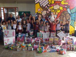 Brinquedos novos nas escolas para auxiliar no desenvolvimento infantil