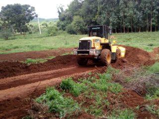 SECRETARIA DE AGRICULTURA REALIZA TRABALHOS NO INTERIOR DO MUNICÍPIO